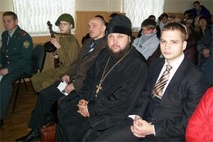Благочинный Троснянско-Кромского округа принял участие во встрече с молодежью на антинаркотическую тему