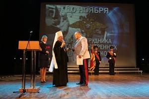Глава Орловской митрополии поздравил сотрудников органов внутренних дел региона с профессиональным праздником