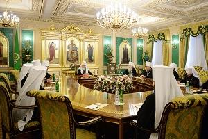 На заседании Священного Синода обсудили проблемы, возникшие при подготовке Всепр