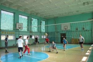 прошёл традиционный турнир по волейболу среди команд юношей и девушек на кубок Знаменско-Хотынецкого благочиния