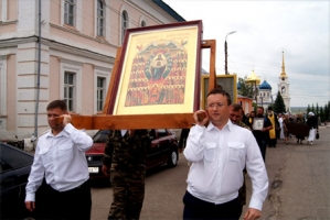 В Болхове прошёл  второй общегородской воинский Крестный ход