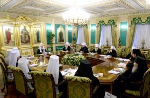 Под председательством Святейшего Патриарха Кирилла в Москве открылось последнее в 2013 году заседание Священного Синода