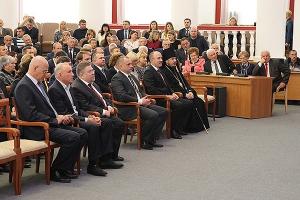 В День народного единства епископ Нектарий посетил праздничное мероприятие в адм