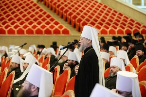 Божественная литургия в 7-ю годовщину интронизации Святейшего Патриарха Кирилла.