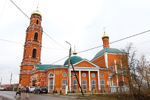 Митрополит Антоний освятил колокола для самой высокой колокольни Орловской митро