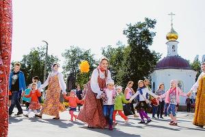 Большой семейный праздник и архиерейская литургия в Богоявленском соборе. Итогов