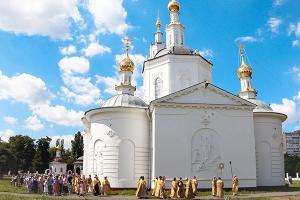 Память первых русских святых Бориса и Глеба почтили в старейшем храме Орла