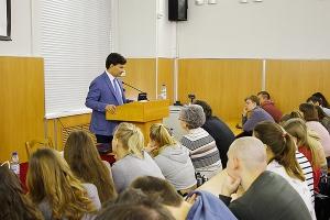 Мигель Паласио рассказал студентам ОГУ, почему Церковь участвует в политической и общественной жизни