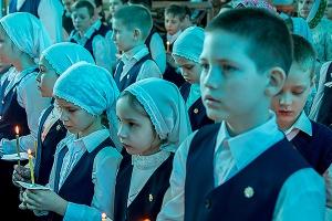 В Орловской епархии прошли траурные мероприятия памяти погибших в Кемерове