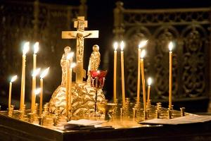 По благословению Святейшего Патриарха Кирилла на 9-й день после трагедии в Кемерове во всех храмах Русской Церкви состоятся заупокойные богослужения
