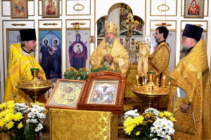 Архиерейское служение в праздник перенесения мощей святителя и Чудотворца Николая. Фоторепортаж