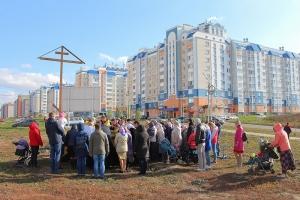 Жители микрорайона «Зареченский» молились о начале строительства нового храма