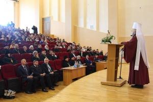 Разговор о молодежи, свободе и ответственности: в Орловской митрополии прошли VII Рождественские чтения