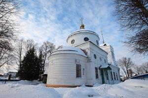 В Неделю по Богоявлении Архипастырь совершил литургию в Никольском храме в Лепешкино