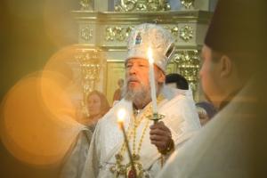 В канун Недели 32-й по Пятидесятнице Архипастырь совершил богослужение в храме Смоленской иконы Божией Матери