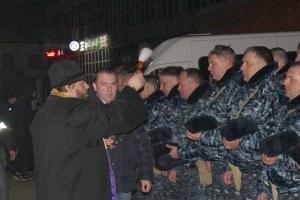 Священник напутствовал сотрудников УМВД перед командировкой на Северный Кавказ