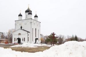 Епископ Мценский Алексий возглавил литургию в Свято-Успенском монастыре