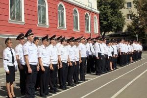 В Орле священник благословил молодых полицейских на служение обществу
