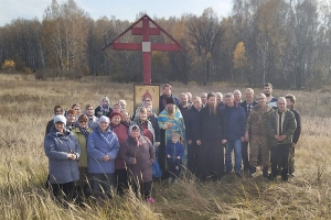 На месте разрушенного храма в деревне Пальчиково Болховского района отслужен молебен