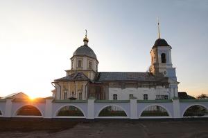 Митрополит Тихон посетил Дмитровск с Архипастырским визитом