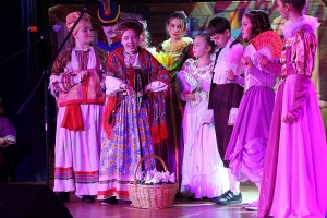Новые краски и новые лица: орловская православная гимназия представила рождественский спектакль «Двенадцать месяцев»