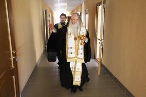 Митрополит Тихон освятил новый корпус Орловского областного суда