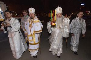 Митрополит Тихон и епископ Алексий возглавили Пасхальные торжества в Богоявленском соборе Орла