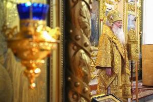 В Неделю 20-ю по Пятидесятнице Архипастырь совершил Литургию в Ахтырском соборе
