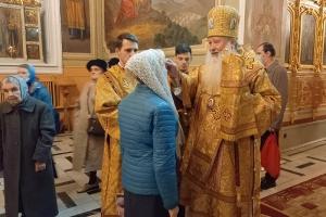 В канун Недели 20-й по Пятидесятнице Владыка Тихон совершил богослужение в Ахтырском соборе