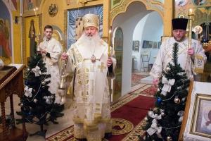 Троице-Васильевский храм города Орла отмечает престольный праздник