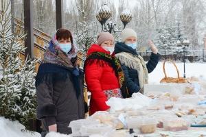 В храме святой Матроны Московской прошла Рождественская благотворительная ярмарка