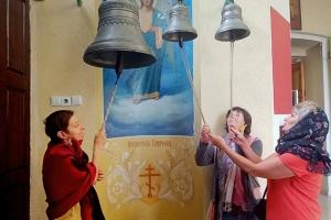 Подопечные центра социального обслуживания посетили храмы Орла с экскурсией