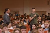 В рамках проекта «Диалог на равных» митрополит Орловский и Болховский Тихон ответил на вопросы студентов РАНХиГС. 20 мая 2019 г.