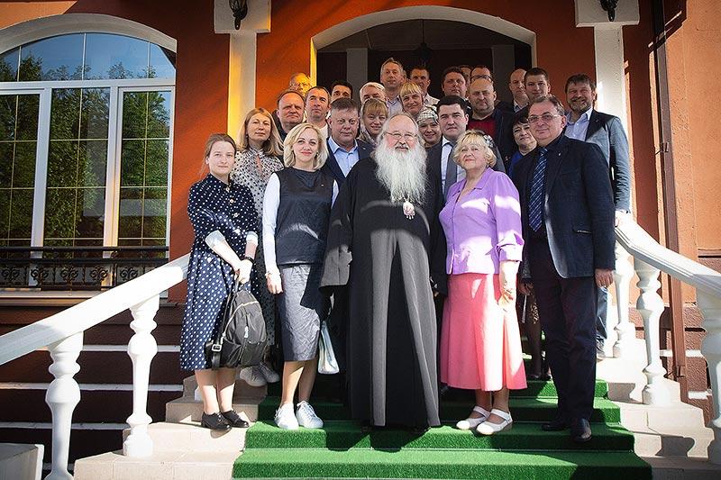 Митрополит Тихон поддержал орловское предпринимательское сообщество